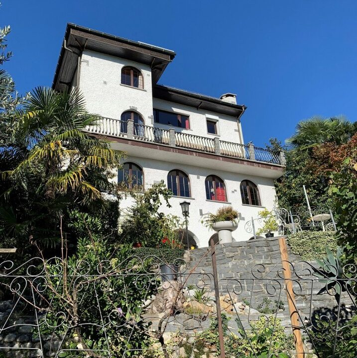 stupenda-villa-d-epoca-bifamiliare-basso-malcanto-lugano1