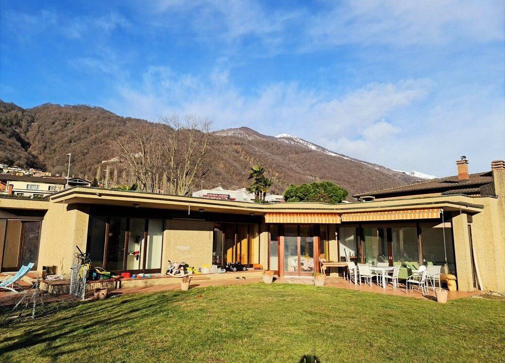 villa-su-un-piano-con-enorme-potenziale-a-manno-manno11